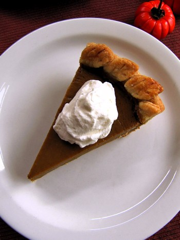 Thanksgiving Pies 2010 015.jpg